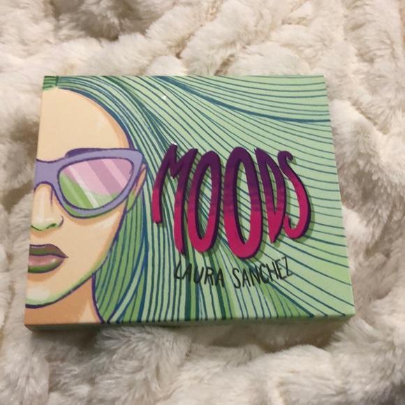 Laura Sanchez Other - Laura Sanchez Moods palette NEW
